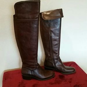 Women's knee boots size 8-1/2